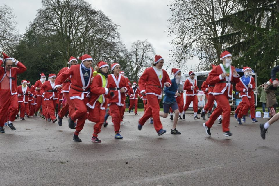 Santa Run provides Beacon with early Christmas joy